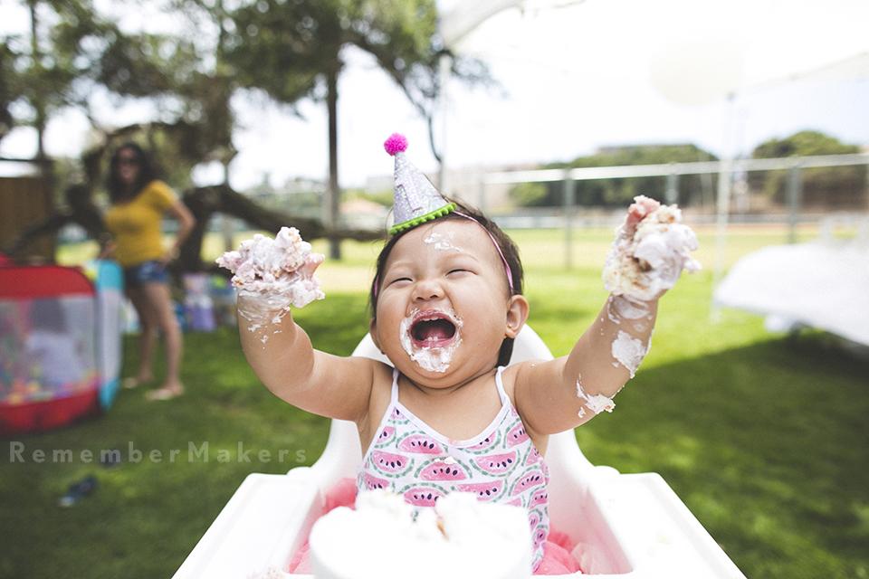 1st birthday party photography first manhattan beach photographer kids cake smash